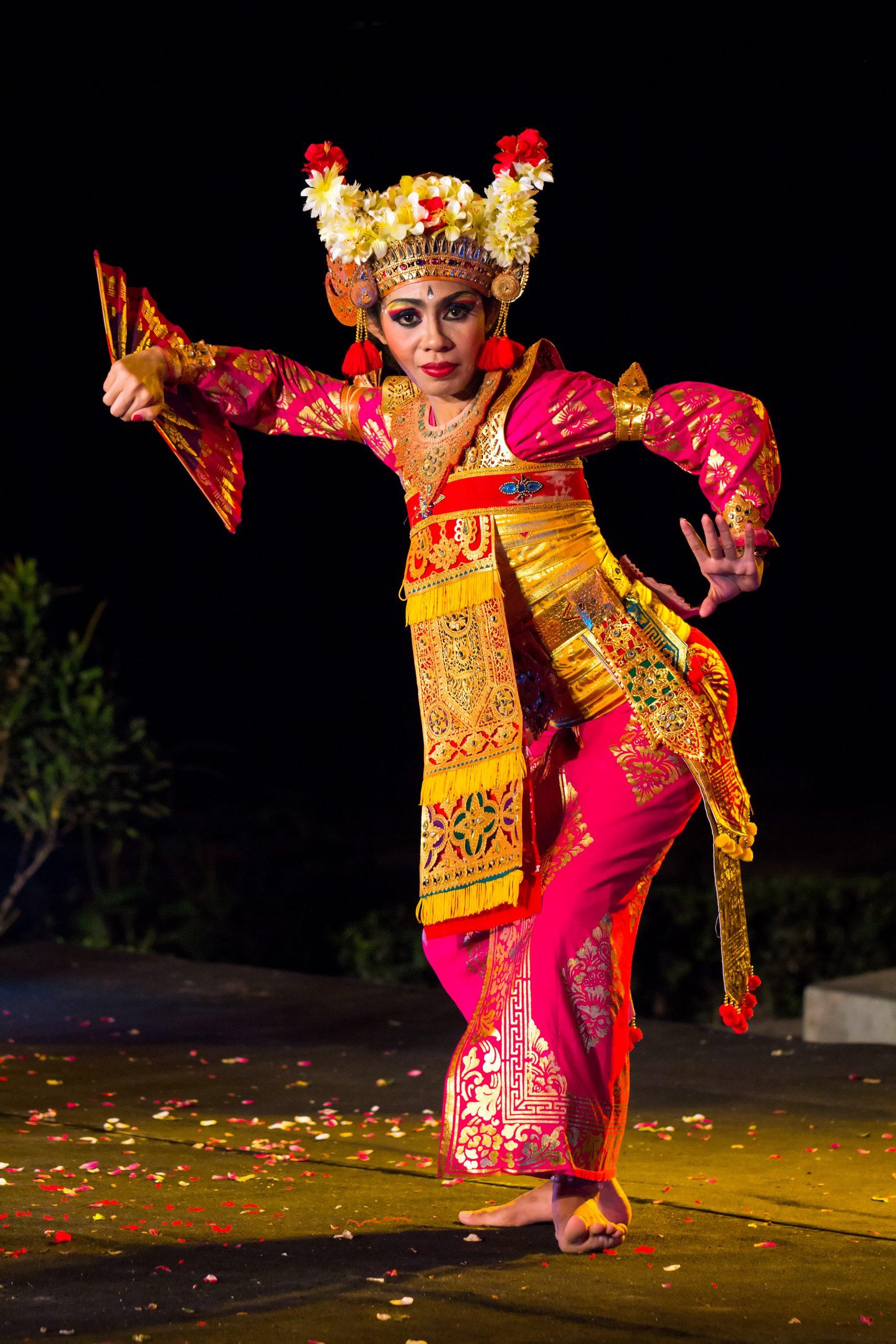 Bali Maya Yoga Retreat Body Mind Soul Dance Traditional Culture
