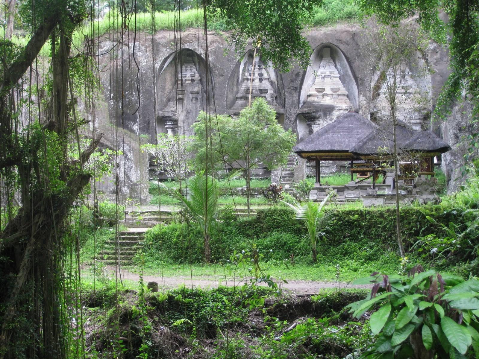 Gunung Kawi 2 Culture Bali Maya Yoga Retreat Body Mind Soul