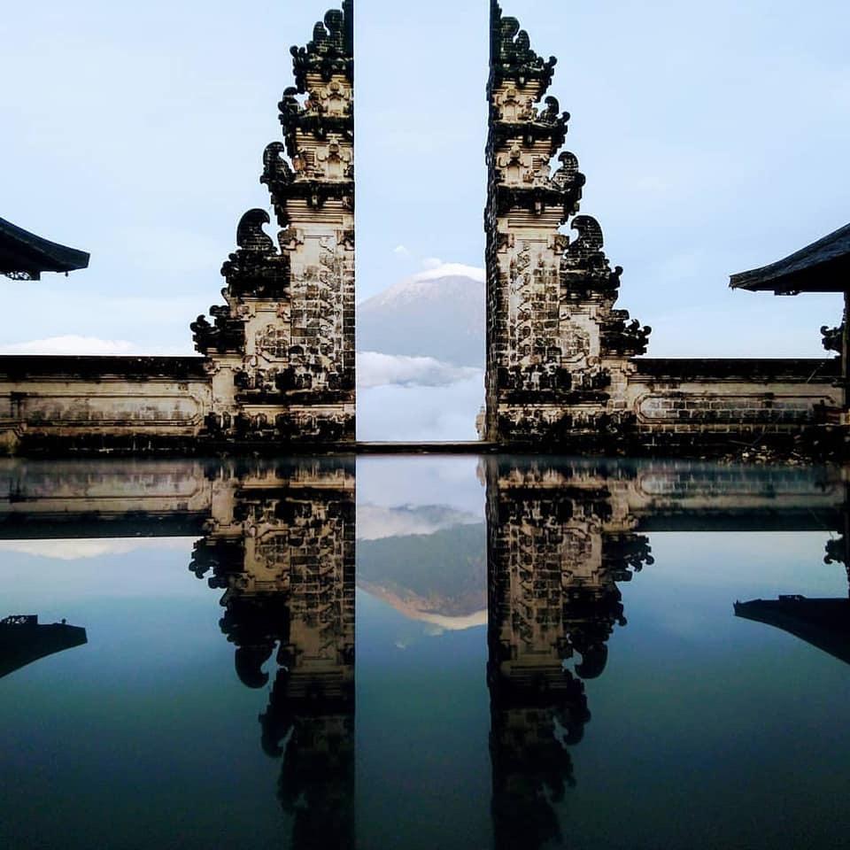 Temple Bali Maya Yoga Retreat Body Mind Soul Culture Lempuyang